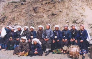 """Surviving Members of the Original Reni Squad at the Chipko 30th Anniversary 2004"" By Ceti at English Wikipedia, CC BY-SA 3.0"