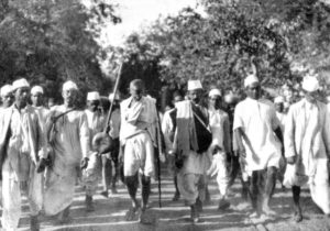 gandhi-1930-march-all_bg